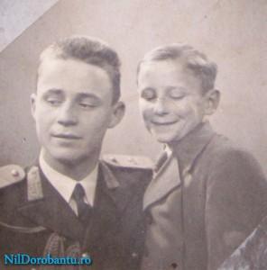 Gheorghe fratele cu parintele (Bilae) cand era mic
